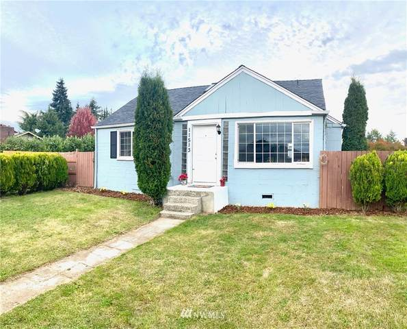 11513 A Street S, Tacoma, WA 98444 (#1676084) :: Mike & Sandi Nelson Real Estate
