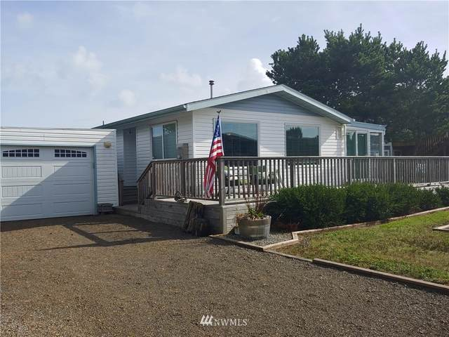 35212 F Place, Ocean Park, WA 98640 (#1676231) :: The Robinett Group