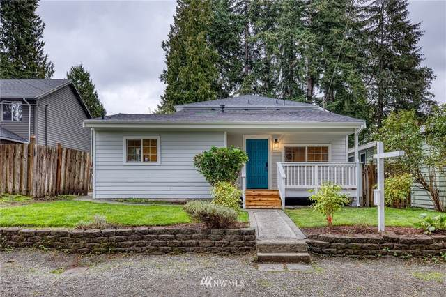 11742 36th Avenue NE, Seattle, WA 98125 (#1676263) :: The Shiflett Group