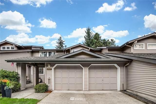6523 115th Place SE, Bellevue, WA 98006 (#1676563) :: Keller Williams Realty