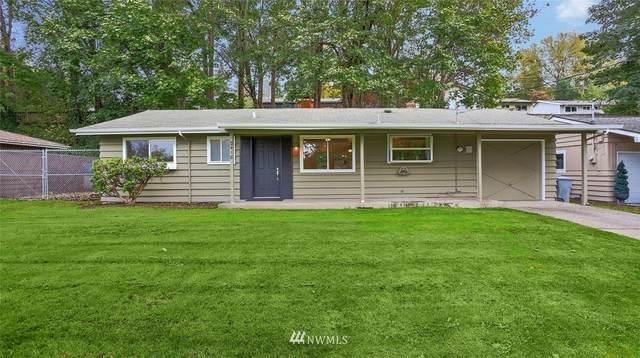 2418 138th Avenue SE, Bellevue, WA 98005 (#1676580) :: Keller Williams Realty