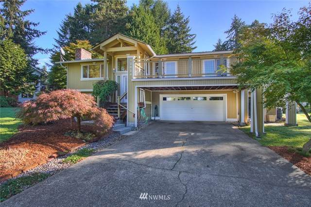 12024 Pleasant Place NE, Bainbridge Island, WA 98110 (#1676596) :: Engel & Völkers Federal Way