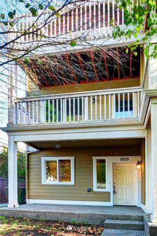 1615 SW Barton Street, Seattle, WA 98106 (#1676638) :: NW Home Experts