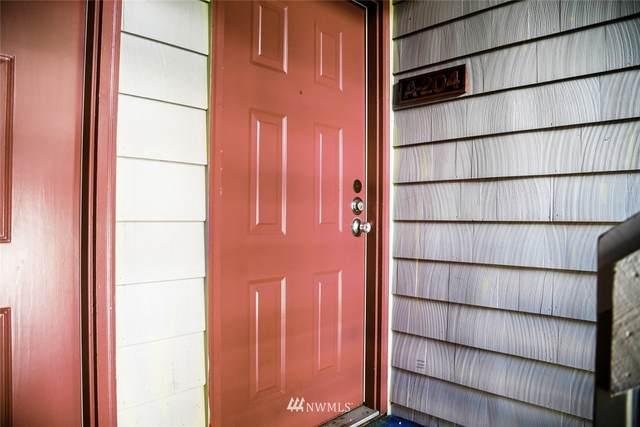 20323 19th Avenue NE A204, Shoreline, WA 98155 (#1676974) :: M4 Real Estate Group