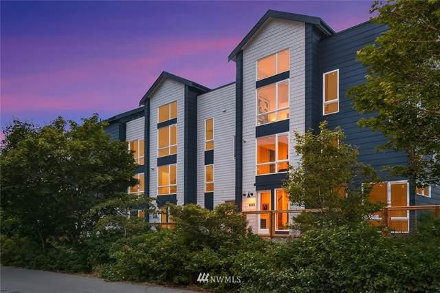 10702 Greenwood Avenue N, Seattle, WA 98133 (#1677237) :: Beach & Blvd Real Estate Group
