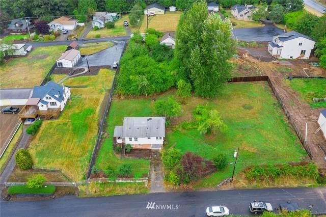 207 Holcomb Ave Avenue, Kelso, WA 98626 (#1677252) :: Keller Williams Realty