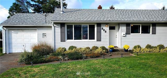 323 SE Quaker Street, Oak Harbor, WA 98277 (#1677378) :: NW Homeseekers
