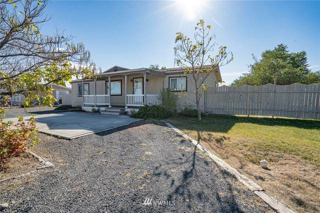 8615 Harris Road, Moses Lake, WA 98837 (#1677437) :: Mike & Sandi Nelson Real Estate