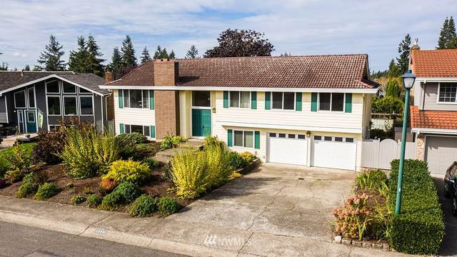 17021 158th Place SE, Renton, WA 98058 (#1677678) :: Better Homes and Gardens Real Estate McKenzie Group