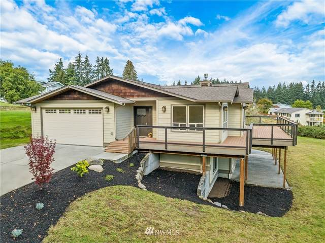 4451 Crestmont Place, Clinton, WA 98236 (#1678024) :: The Robinett Group