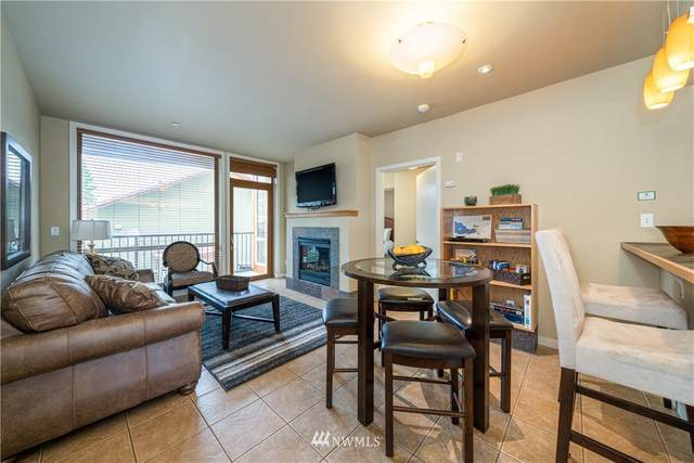 2220 W Woodin Avenue #102, Chelan, WA 98816 (#1678244) :: Pickett Street Properties