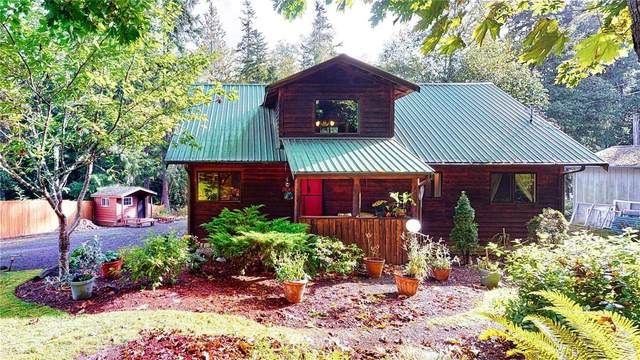 1649 Hemlock, Camano Island, WA 98282 (#1678830) :: The Shiflett Group