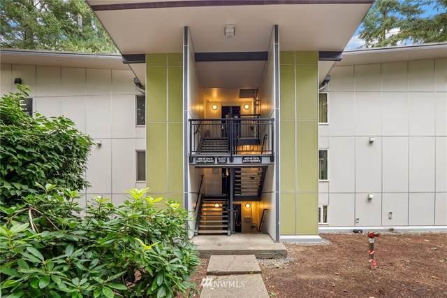 14620 NE 31st Street E202, Bellevue, WA 98007 (#1678833) :: McAuley Homes