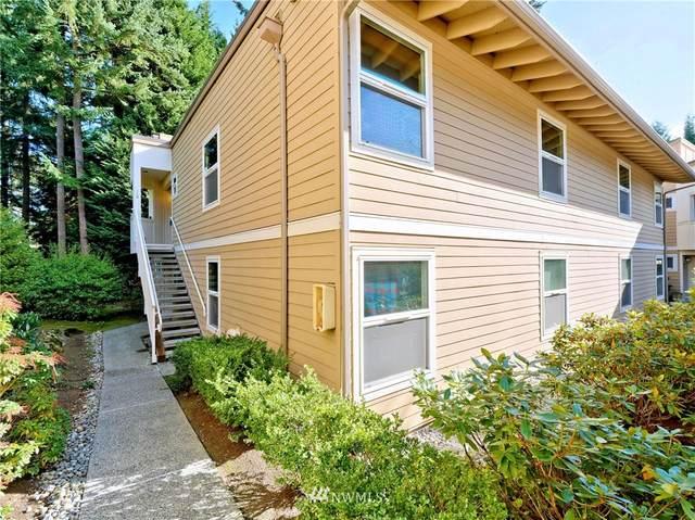 14615 NE 40th Street J2, Bellevue, WA 98007 (#1679013) :: KW North Seattle