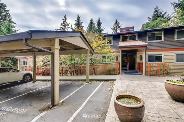11054 NE 33rd Place B9, Bellevue, WA 98004 (#1679056) :: Keller Williams Realty