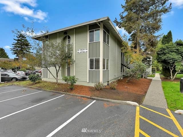 17305 45th Street #125, Redmond, WA 98052 (#1679213) :: Pickett Street Properties