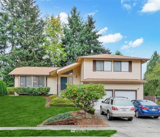 2021 Vashon Avenue NE, Renton, WA 98059 (#1679284) :: Keller Williams Western Realty