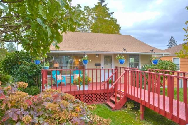 15834 9th Avenue NE, Shoreline, WA 98155 (#1679462) :: KW North Seattle