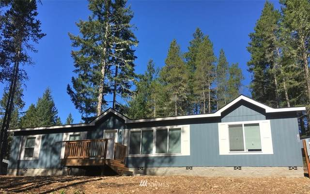 1220 NE Collins Lake Drive, Tahuya, WA 98588 (#1679512) :: Priority One Realty Inc.