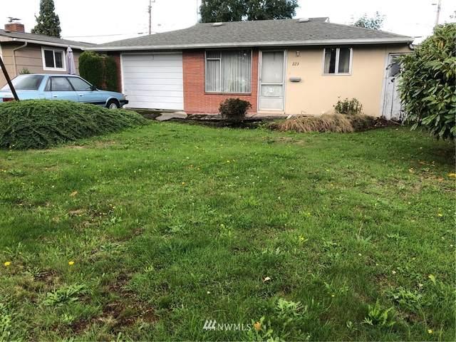 223 E 62nd Street, Tacoma, WA 98404 (#1679592) :: Pickett Street Properties