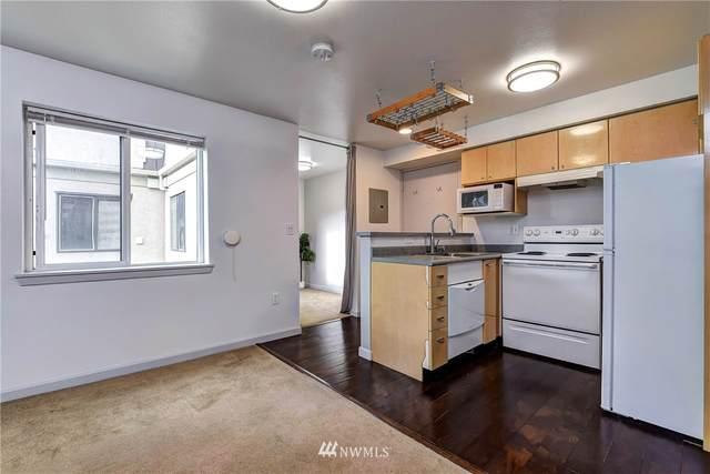 425 Vine Street #618, Seattle, WA 98121 (#1679685) :: Ben Kinney Real Estate Team