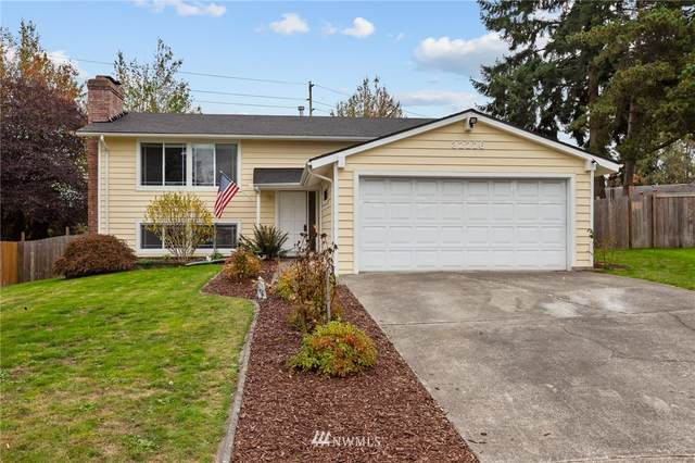 32226 22nd Avenue SW, Federal Way, WA 98023 (#1679904) :: The Kendra Todd Group at Keller Williams