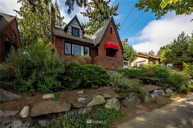 8249 16th Avenue NE, Seattle, WA 98115 (#1680072) :: KW North Seattle