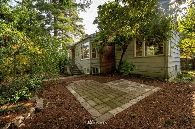 2025 NE 107th Street, Seattle, WA 98125 (MLS #1680199) :: Brantley Christianson Real Estate