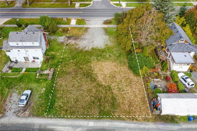 2001 12th Street, Anacortes, WA 98221 (#1680219) :: Mike & Sandi Nelson Real Estate