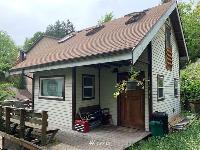 3033 SW Spokane, Seattle, WA 98126 (#1680285) :: The Kendra Todd Group at Keller Williams
