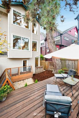 2418 SW Holden Street C, Seattle, WA 98106 (#1680365) :: TRI STAR Team | RE/MAX NW