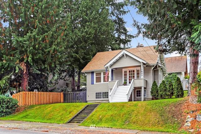 1621 SW Austin Street, Seattle, WA 98106 (#1680526) :: Beach & Blvd Real Estate Group