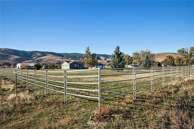 6030 Hanson Road, Ellensburg, WA 98926 (MLS #1680628) :: Nick McLean Real Estate Group