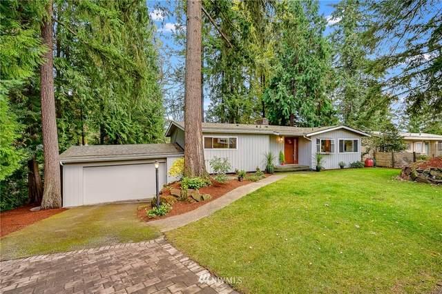 11812 33rd Avenue NE, Seattle, WA 98125 (#1680880) :: Ben Kinney Real Estate Team