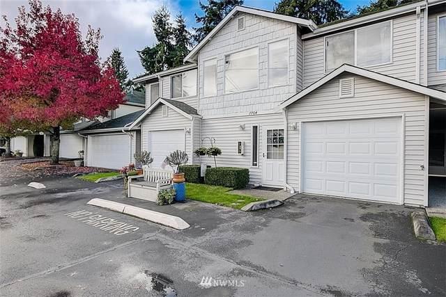 7704 196th Street SW B, Edmonds, WA 98026 (#1680958) :: Pickett Street Properties