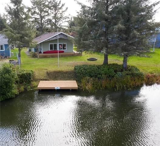 160 S Razor Clam Drive, Ocean Shores, WA 98569 (#1681054) :: Better Properties Lacey