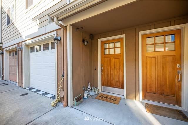 908 N 95th Street E, Seattle, WA 98103 (#1681402) :: The Torset Group