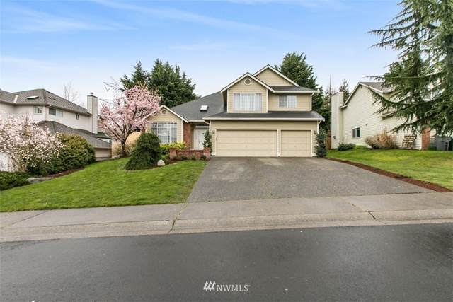 13969 SE 159 Place, Renton, WA 98058 (#1681466) :: Ben Kinney Real Estate Team