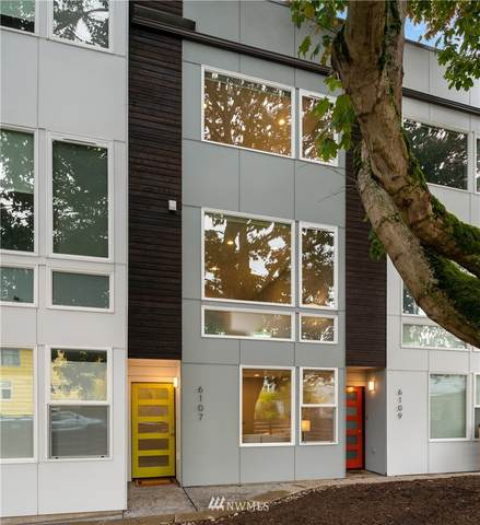 6107 20th Avenue NW, Seattle, WA 98107 (#1681528) :: Beach & Blvd Real Estate Group