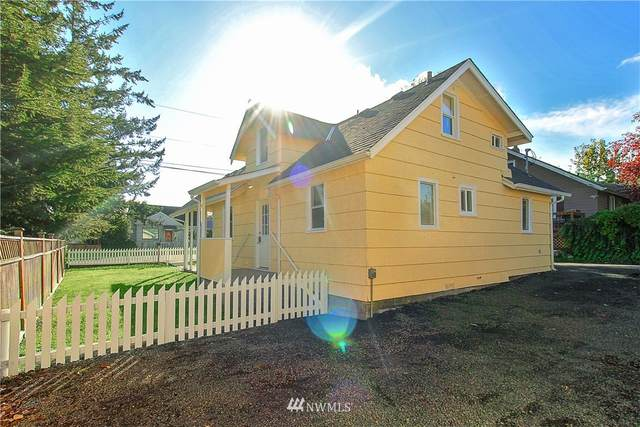 2406 11th Street, Bremerton, WA 98312 (#1681653) :: NW Home Experts