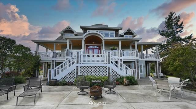 221 Belvedere Street, Camano Island, WA 98282 (#1681695) :: Lucas Pinto Real Estate Group