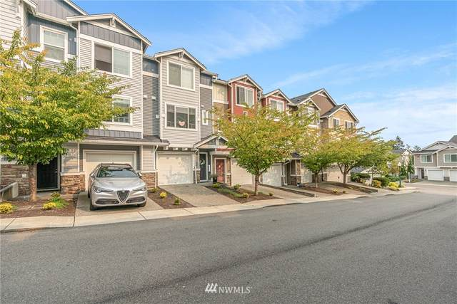 15720 Manor Way R2, Lynnwood, WA 98087 (#1681933) :: Pickett Street Properties