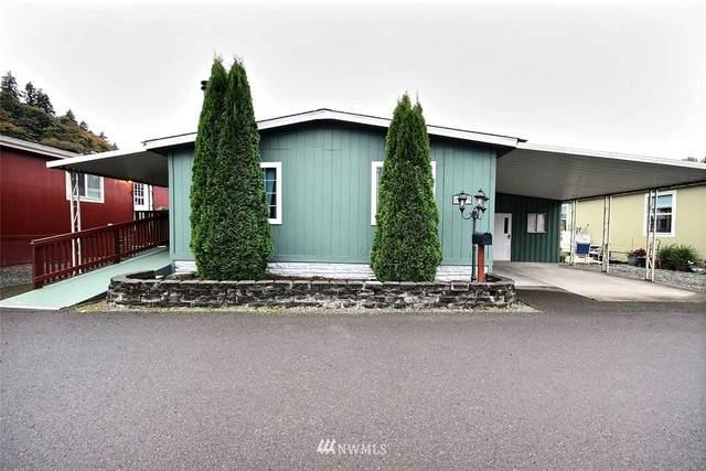 15263 Oak Drive, Renton, WA 98058 (#1682123) :: Keller Williams Western Realty