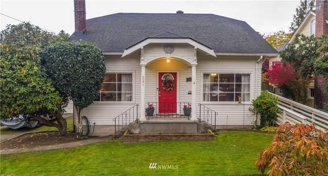 6047 26th Avenue NE, Seattle, WA 98115 (#1682407) :: Mike & Sandi Nelson Real Estate