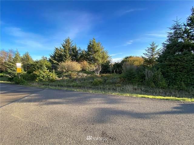 708 Wawona Avenue SW, Ocean Shores, WA 98569 (#1682476) :: Mike & Sandi Nelson Real Estate