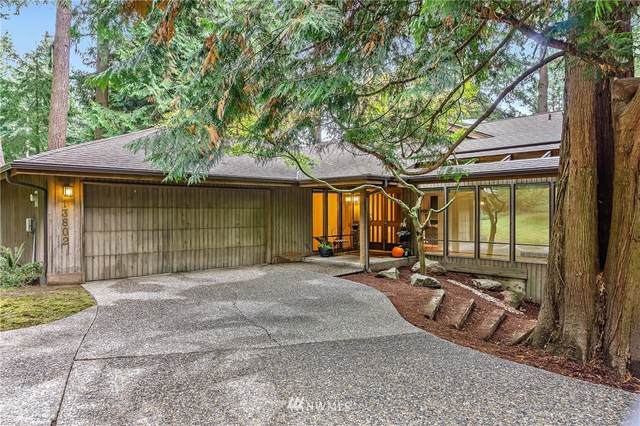 13802 NE 26th Place, Bellevue, WA 98005 (#1682675) :: Priority One Realty Inc.