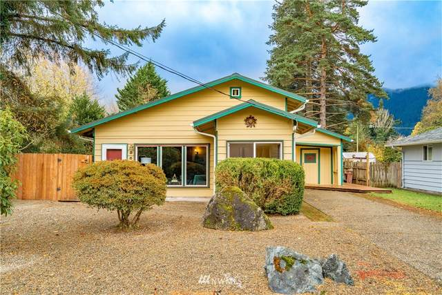 351 E 2nd Street, North Bend, WA 98045 (#1683049) :: Priority One Realty Inc.