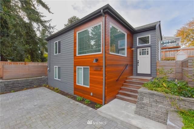 12235 N Park Avenue N, Seattle, WA 98133 (#1683194) :: NextHome South Sound