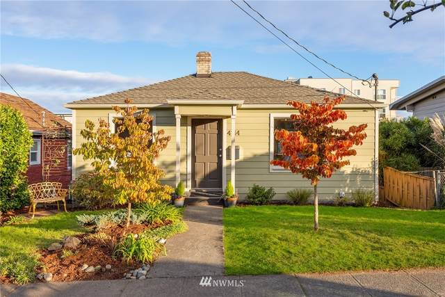 4144 32nd Avenue SW, Seattle, WA 98126 (#1683277) :: The Kendra Todd Group at Keller Williams