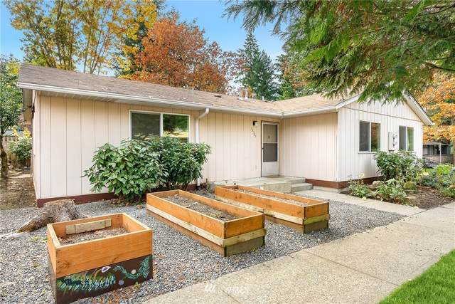 12307 NE 149th Court, Kirkland, WA 98034 (#1683298) :: Lucas Pinto Real Estate Group